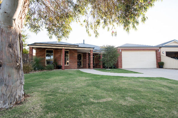 2 Nance Court, Cobram