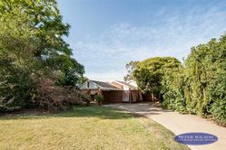 17 Brooks Ave, Barooga NSW  3644