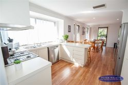 17 Brooks Ave Barooga NSW  3644